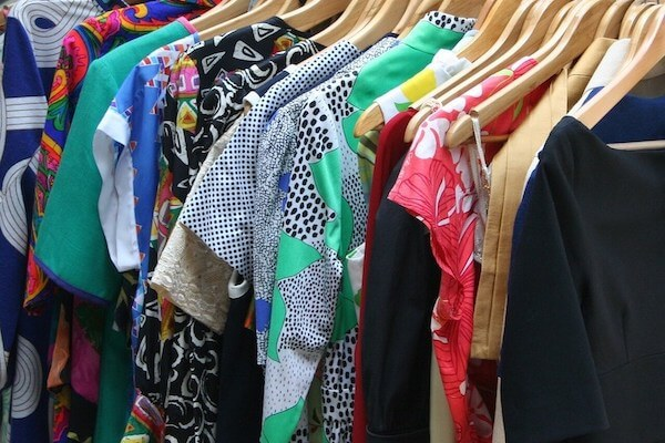 2 easy ways to look fashionable and stylish - wardrobe audit