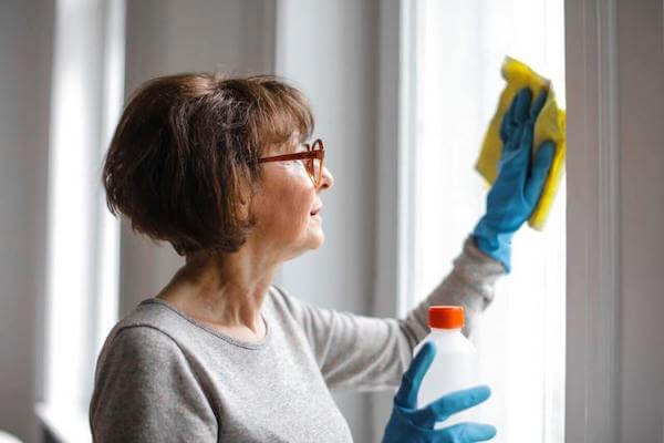 how to be happy at home - keep the house and windows clean for good feng shui